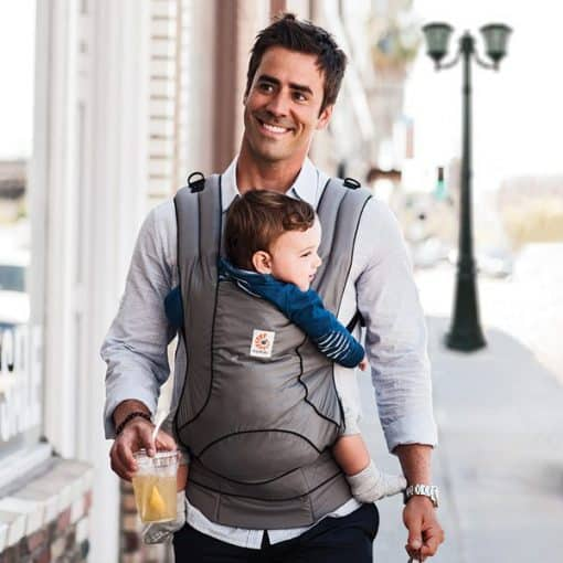 Ergobaby Urban Chic Carrier Graphite lifestyle 1